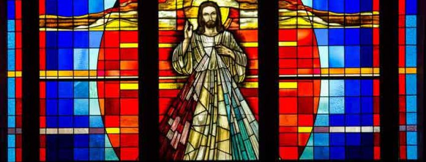 stained-glass-divine-mercy