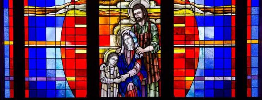 stained-glass-holy-family